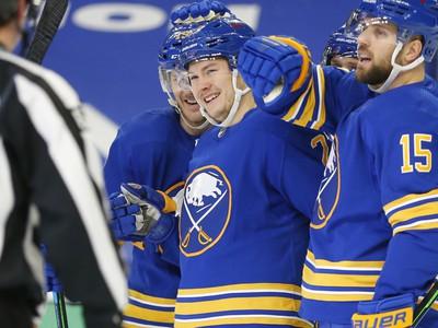 Gólová radosť hráčov Sabres