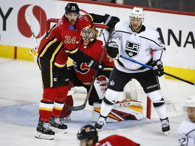 Los Angeles triumfovalo v Calgary až po predĺžení