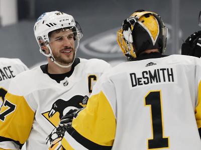 Sidney Crosby a Casey DeSmith