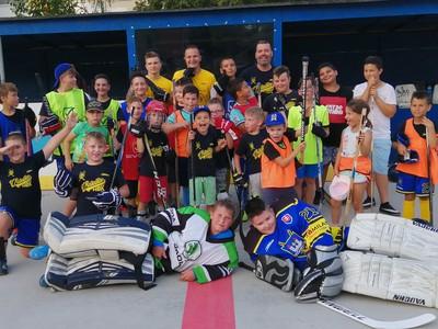 Hokejbalisti z Vrakune budú