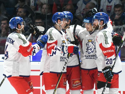 Radosť hráčov Českej republiky po góle
