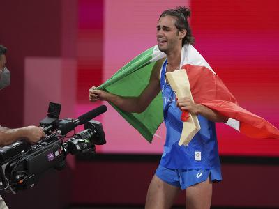 Gianmarco Tamberi a jeho víťazné oslavy