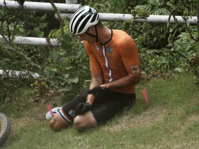 Mathieu Van der Poel utrpel hrozivý pád