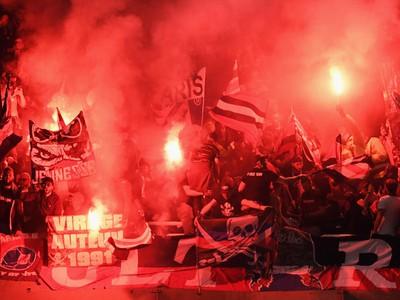 Fanúšikovia PSG počas zápasu