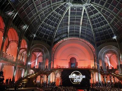63. ročník slávnostného vyhlásenia ankety Zlatá lopta France Football 2018 v múzeu Grand Palais v Paríži