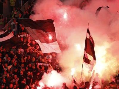 Pyrošou fanúšikov v belehradskom