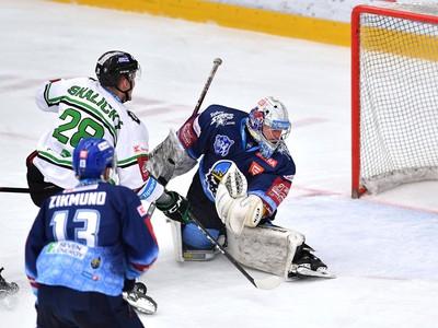 Pavol Skalický prekonáva Denisa