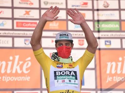 Peter Sagan (Bora Hansgrohe) oslavuje na pódiu celkové víťazstvo po 4. etape 65. ročníka pretekov Okolo Slovenska