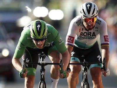 Peter Sagan v súboji so Samom Bennettom