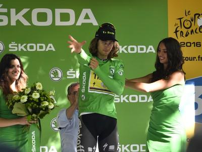 Peter Sagan (Tinkoff) v zelenom drese lídra bodovacej súťaže