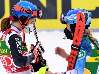 Petra Vlhová a Mikaela Shiffrinová po pretekoch