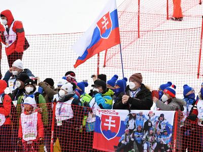 Slovenskí fanúšikovia slovenskej lyžiarky Petry Vlhovej v Jasnej