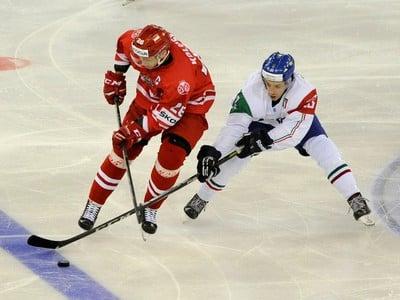 Marcin Kolusz (vľavo)
