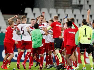 Futbalisti Rot-Weissu Essen z