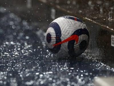 Lopta v daždi