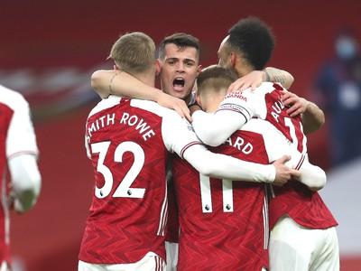 Hráči Arsenalu sa radujú