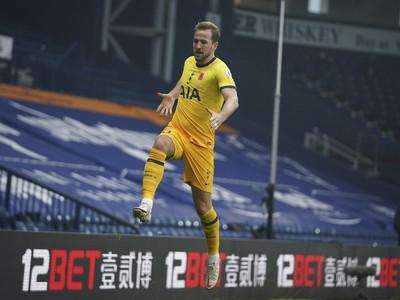 Harry Kane oslavuje víťazný gól