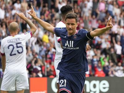 Ander Herrera oslavuje gól