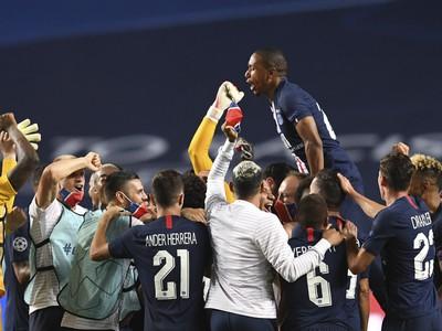 Víťazné oslavy futbalistov PSG