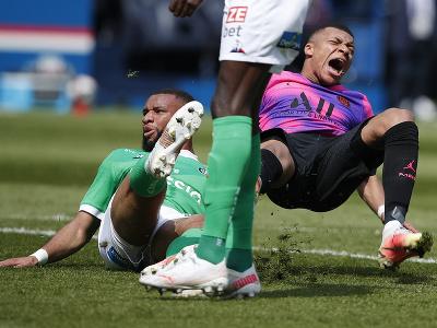 Kylian Mbappé v súboji