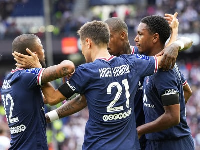 Hráči PSG sa radujú
