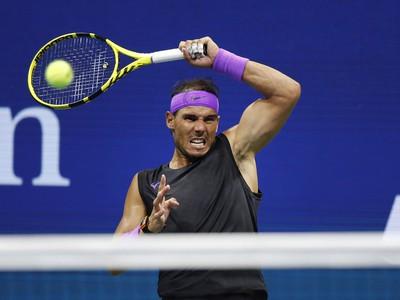 Rafael Nadal zdolal vo vypätom súboji Marina Čiliča