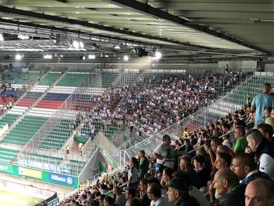 Sektor hostí na štadióne