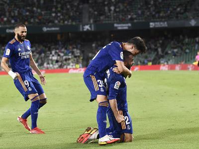 Dani Carvajal oslavuje gól
