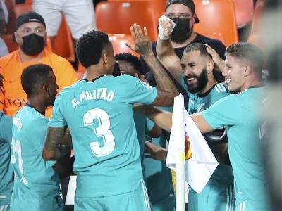 Karim Benzema oslavuje so