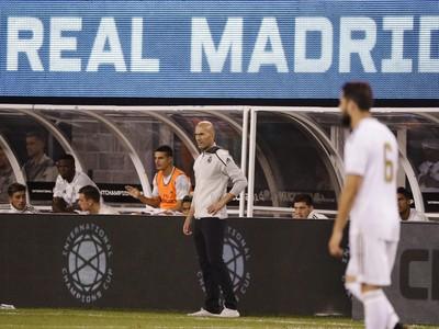 Zinedine Zidane počas prípravného