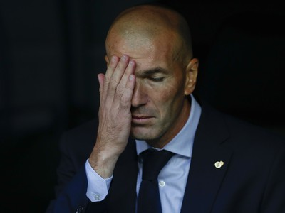 Veľavravný pohľad Zinedinea Zidanea