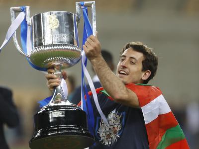 Mikel Oyarzabal s trofejou
