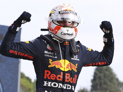 Max Verstappen vyhral VC Emilie-Romagna pred Hamiltonom