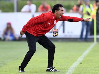 Na snímke tréner AS Trenčín Ricardo Moniz