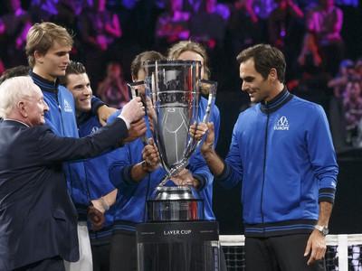 Tím Európy s víťaznou trofejou Laver Cupu