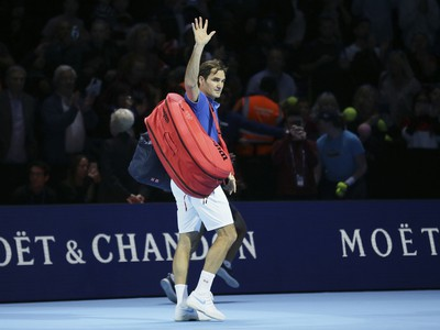 Roger Federer si v Londýne finále nezahrá