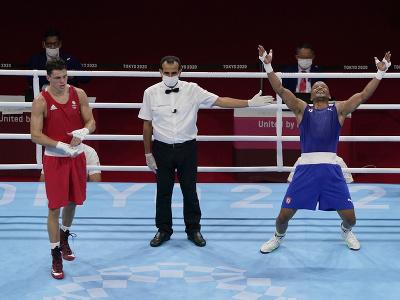 Kubánsky boxer Roniel Iglesias získal zlato na OH v Tokiu v kategórii do 69 kg