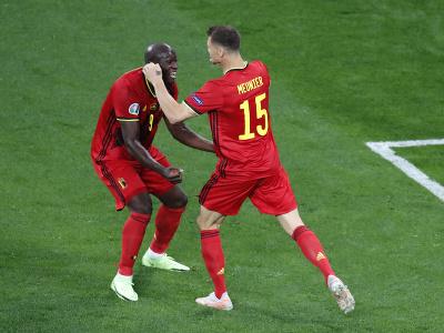 Hráči Belgicka oslavujú gól