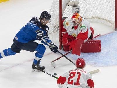 Mikko Kokkenen páli na ruskú bránku
