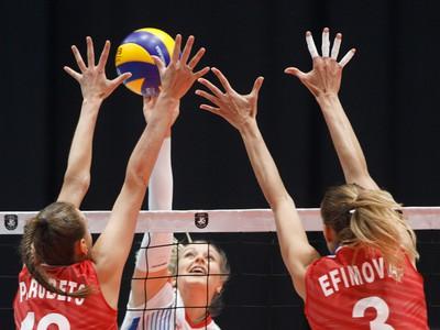 Kseniia Parubets, Karin Palgutová a Ekaterina Efimova