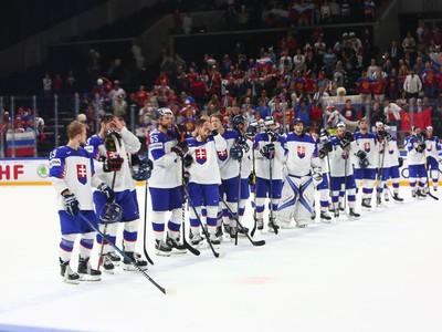 Slovenskí hokejisti po prehre