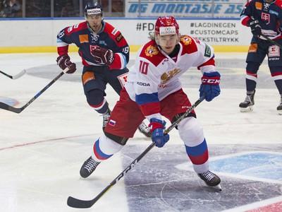 Viktor Tichonov z tímu