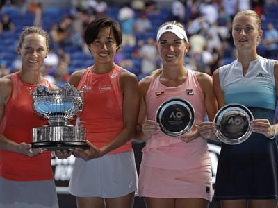 Samantha Stosurová a Šuaj Čangová sa tešia zo zisku titulu štvorhry na Australian Open