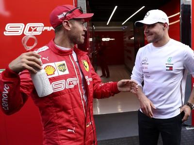 Sebastian Vettel a Valtteri Bottas