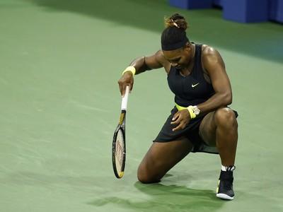 Serena Williamsová vypadla v