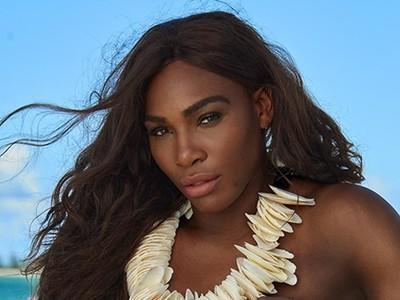 Serena na fotení plavkového