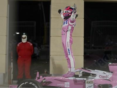 Španiel Sergio Pérez z tímu Racing Point triumfoval na Veľkej cene Sachiru F1.