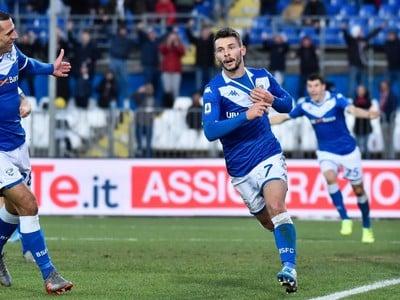 Nikolas Špalek a jeho oslavy po premiérovom góle v talianskej Serie A