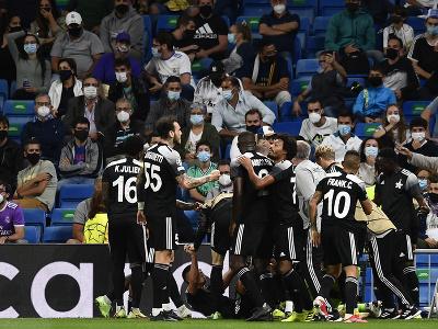 Futbalisti Šeriffu Tiraspoľ sa radujú po výhre nad Realom Madrid