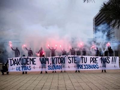 Ultras Slovana ďakujú zdravotnému
